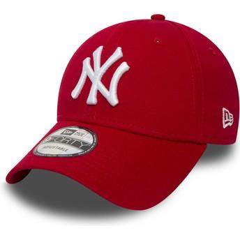 Boné curvo vermelho ajustável 9FORTY Essential da New York Yankees MLB da New Era
