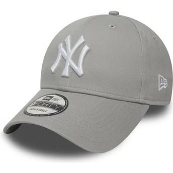 Boné curvo cinza ajustável 9FORTY Essential da New York Yankees MLB da New Era
