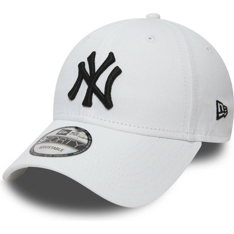 4cbaf6273 Boné curvo branco ajustável 9FORTY Essential da New York Yankees MLB ...