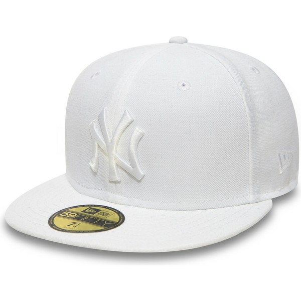 Boné plano branco justo 59FIFTY White on White da New York Yankees ... 99df078a745