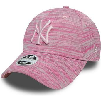 Boné curvo rosa ajustável com logo rosa da New York Yankees MLB 9FORTY Engineered Fit da New Era