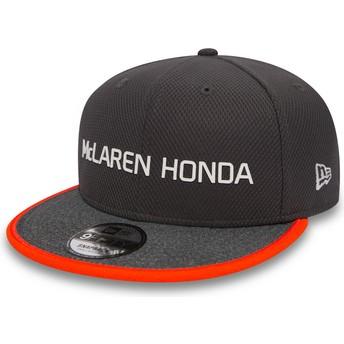 Boné plano cinza snapback 9FIFTY Fernando Alonso da McLaren Racing Formula 1 da New Era