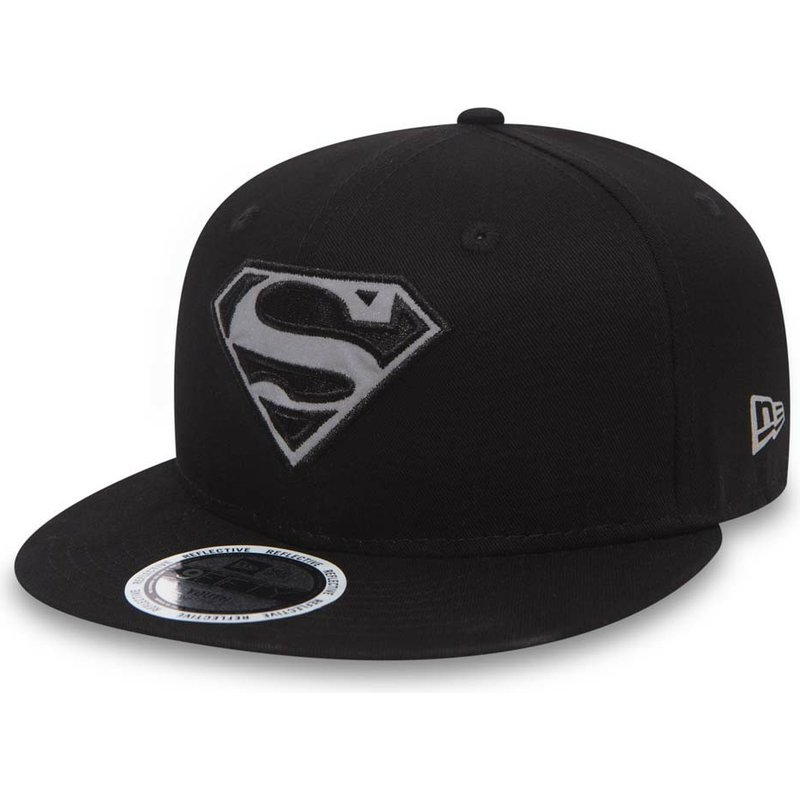 bone-plano-preto-snapback-para-crianca-9fifty-reflect-da-superman-warner-bros-da-new-era