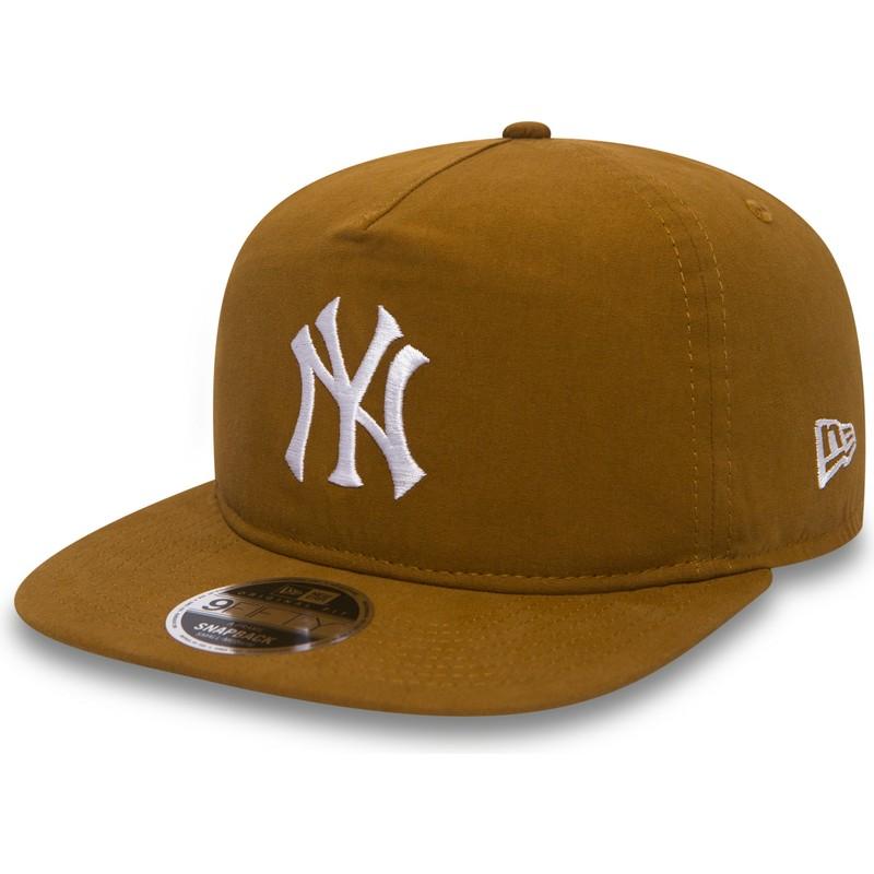 b9cfe0e3158c1 ... York Yankees MLB da New Era. bone-plano-castanho-snapback-9fifty-a-frame -lightweight-