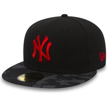 Boné plano preto justo com logo vermelho 59FIFTY Contrast Camo da New York Yankees MLB da New Era