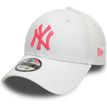 Boné curvo branco ajustável com logo rosa 9FORTY League Essential Neon da New York Yankees MLB da New Era