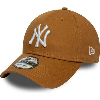 Boné curvo castanho wheat ajustável 9FORTY League Essential da New York Yankees MLB da New Era