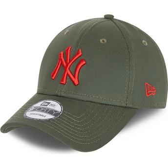 Boné curvo verde ajustável com logo vermelho 9FORTY League Essential da New York Yankees MLB da New Era