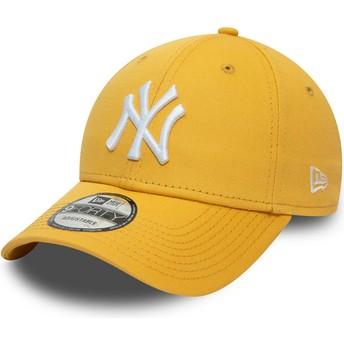 Boné curvo amarelo ajustável 9FORTY League Essential da New York Yankees MLB da New Era