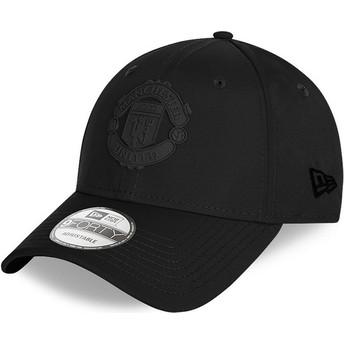 Boné curvo preto ajustável com logo preto 9FORTY Rubber Patch da Manchester United Football Club da New Era