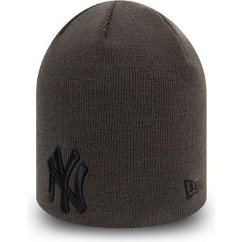 Gorro cinza com logo preto Skull Knit League Essential da New York Yankees MLB da New Era