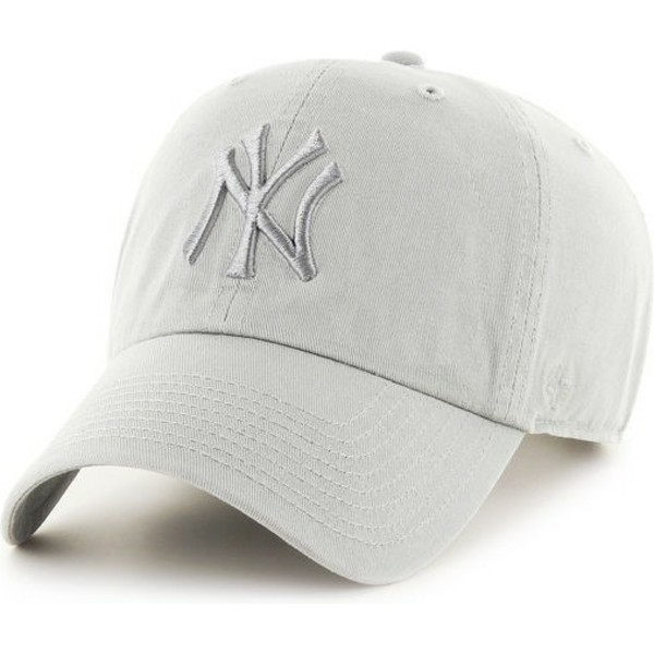 bone-curvo-cinza-claro-com-logo-cinza-dos-new-york-yankees-mlb-clean-up-da-47-brand