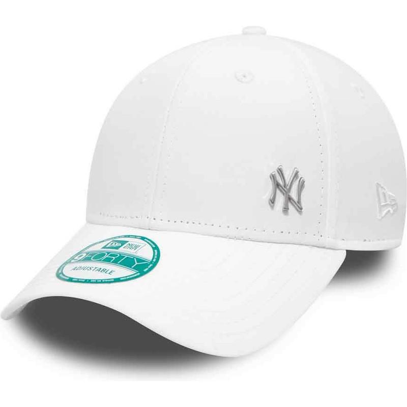 11adc54fa2266 Boné curvo branco ajustável 9FORTY Flawless Logo dos New York ...